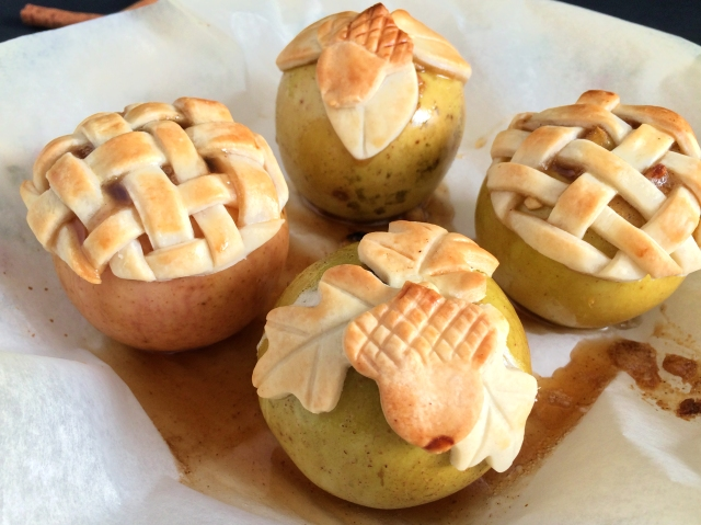 Mini Apples Pies from The Ruby Kitchen